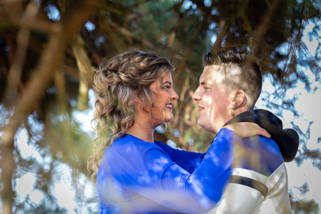 Loveshoot Nunspeet Doornspijk bruidsfotograaf