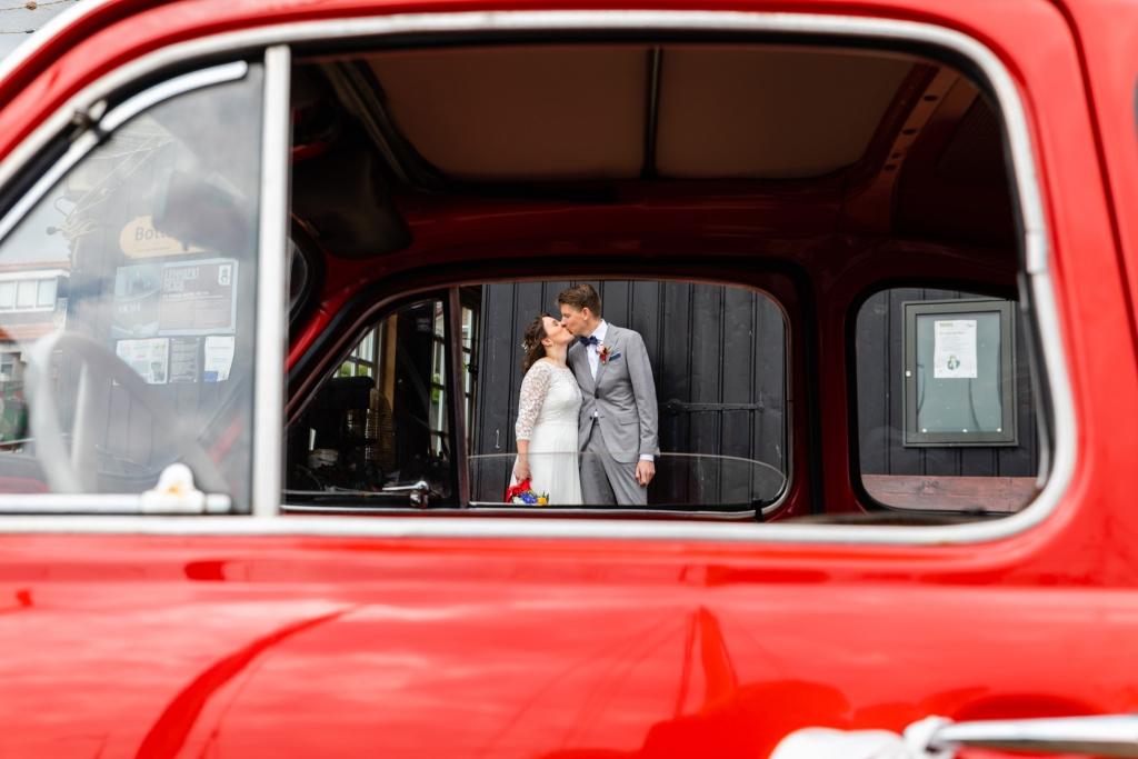 Trouwauto Fiat 500 Kraggenburg Munnekeburen trouwfoto's